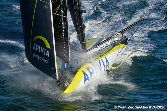 Vendée Globe Race start - apivia