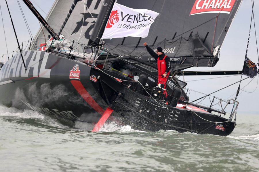 JEREMIE BEYOU VENDEE GLOBE FINISHES